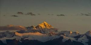 重磅!金凱德攜手中國女子登山隊,向世界最高峰發起登頂沖擊