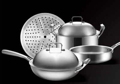 Benefits of stainless steel wok compared to iron pan