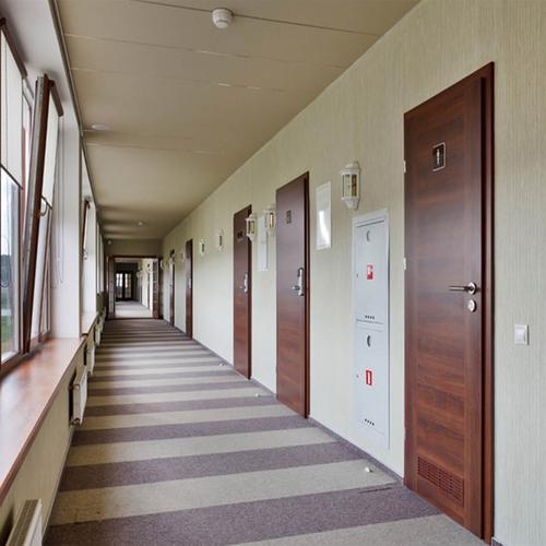富新医疗门卫生间门