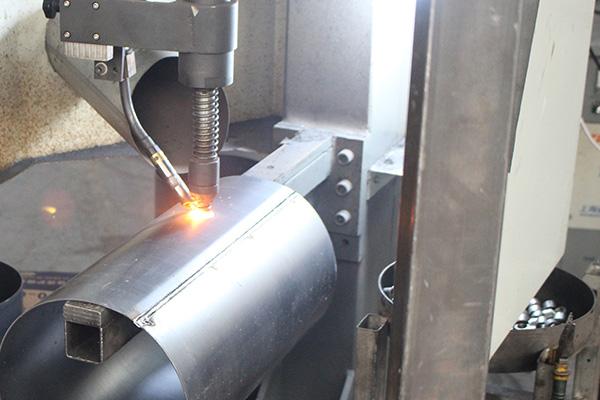 7-inlet-exhaust-pipe-welding.jpg
