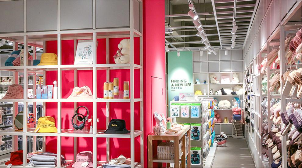 store_pic_5.jpg