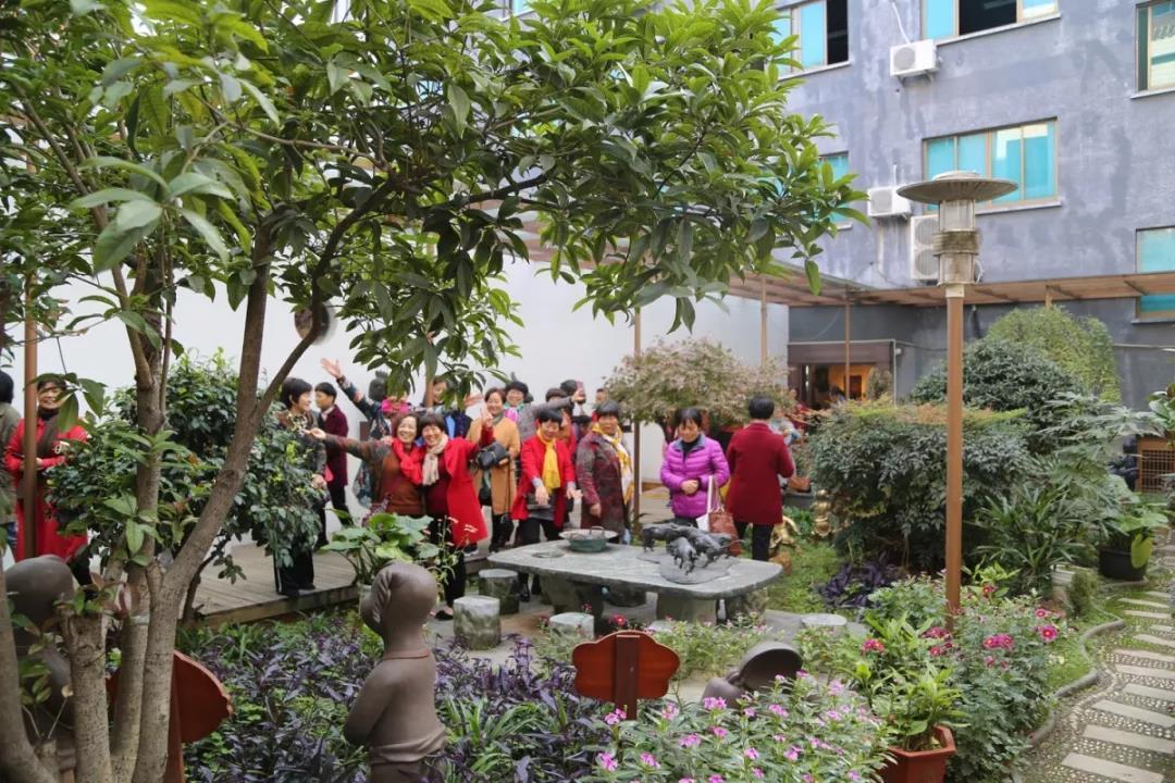 集文化休閑科普于一體!神雕銅文化博物館迎來一批特殊的客人,歡聲笑語不斷~