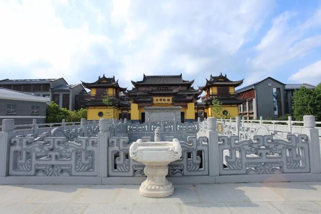 精湛技藝!上海著名景點里的神雕作品,游人見了大呼驚艷……