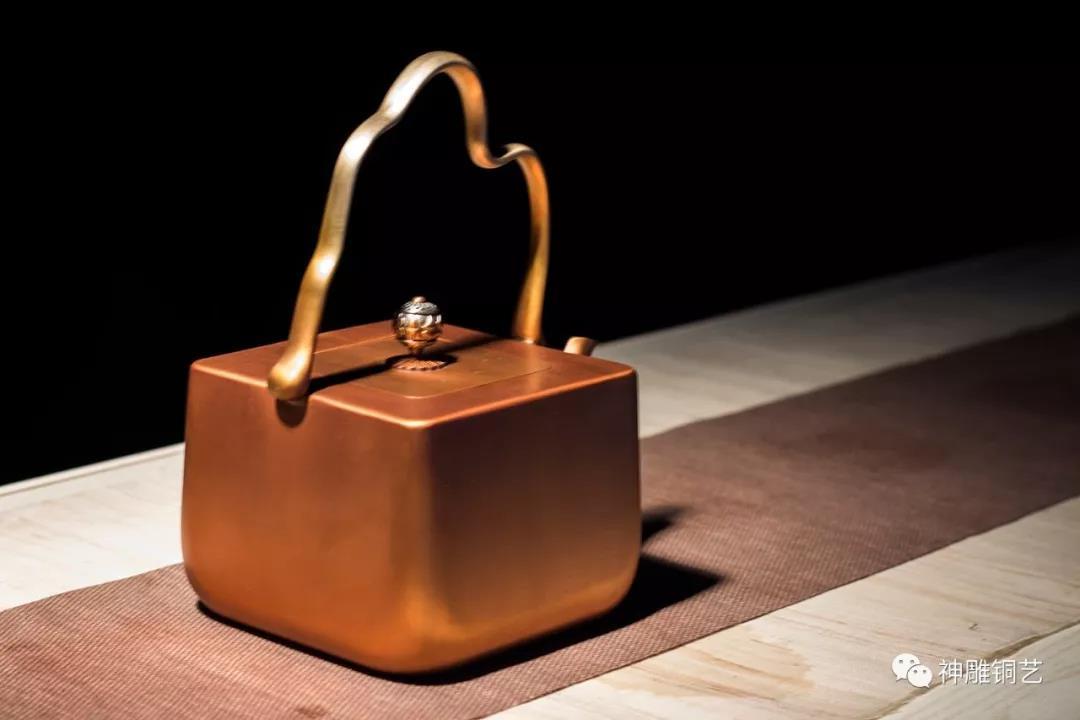 銅壺保養秘笈︱教您如何開壺、去味、養壺