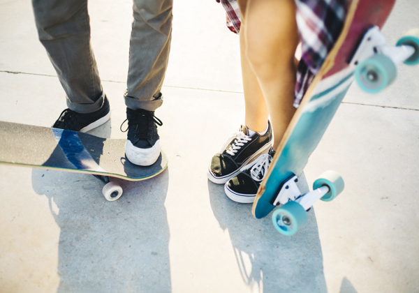 How should we learn to skateboard?