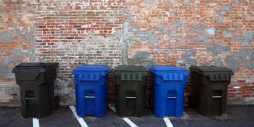 塑料垃圾桶的实用价值