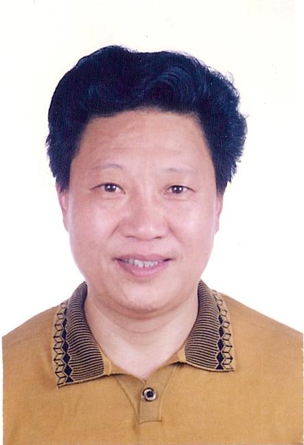 汤春甫(副会长)