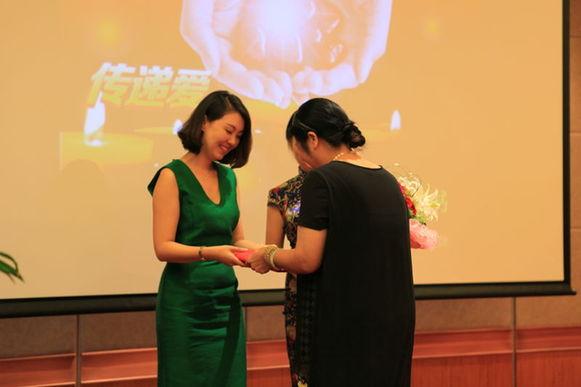 邓丽君逝世20周年 杭州将开公益演唱会