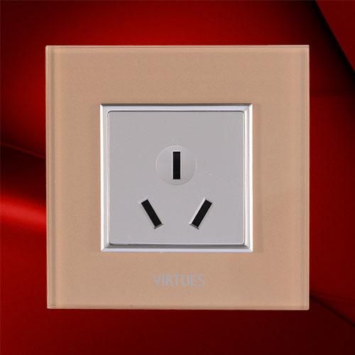 10A三极插座-