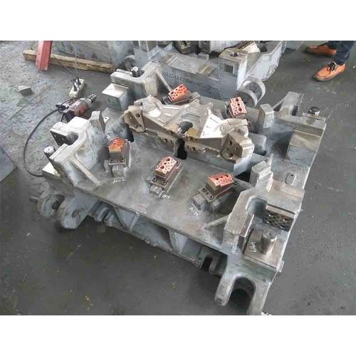 侧切模具-左右舱边梁后段左连接板-下模
