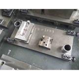 挂切冲孔模具 -右置前安装支架-上模