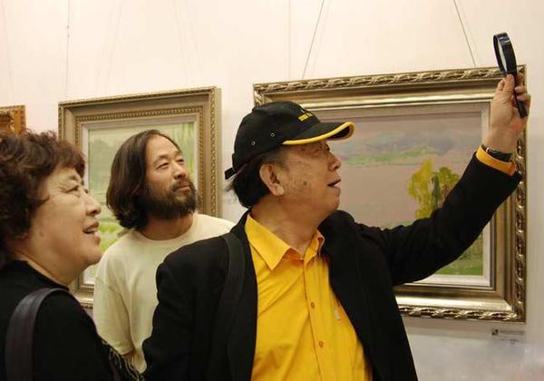 与《开国大典》导演中国电影基金会会长、中国电影家协会副主席李前宽