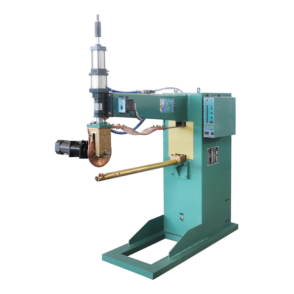Filter straight seam welder