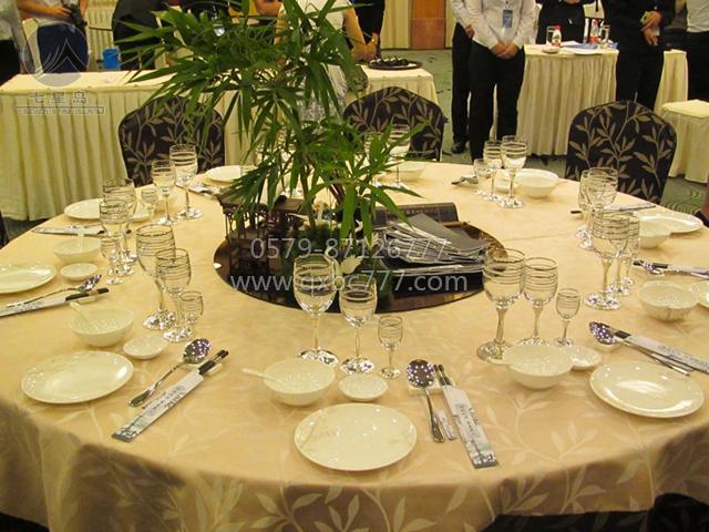 中餐宴会摆台-谢师宴主题图片