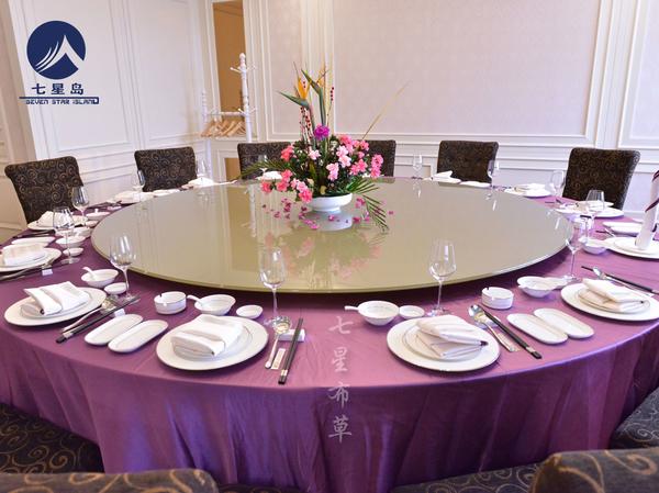 紫色桌布更浪漫-