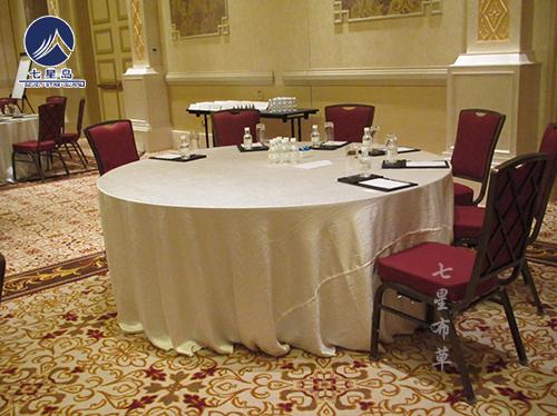 餐厅绉布牙白桌布-