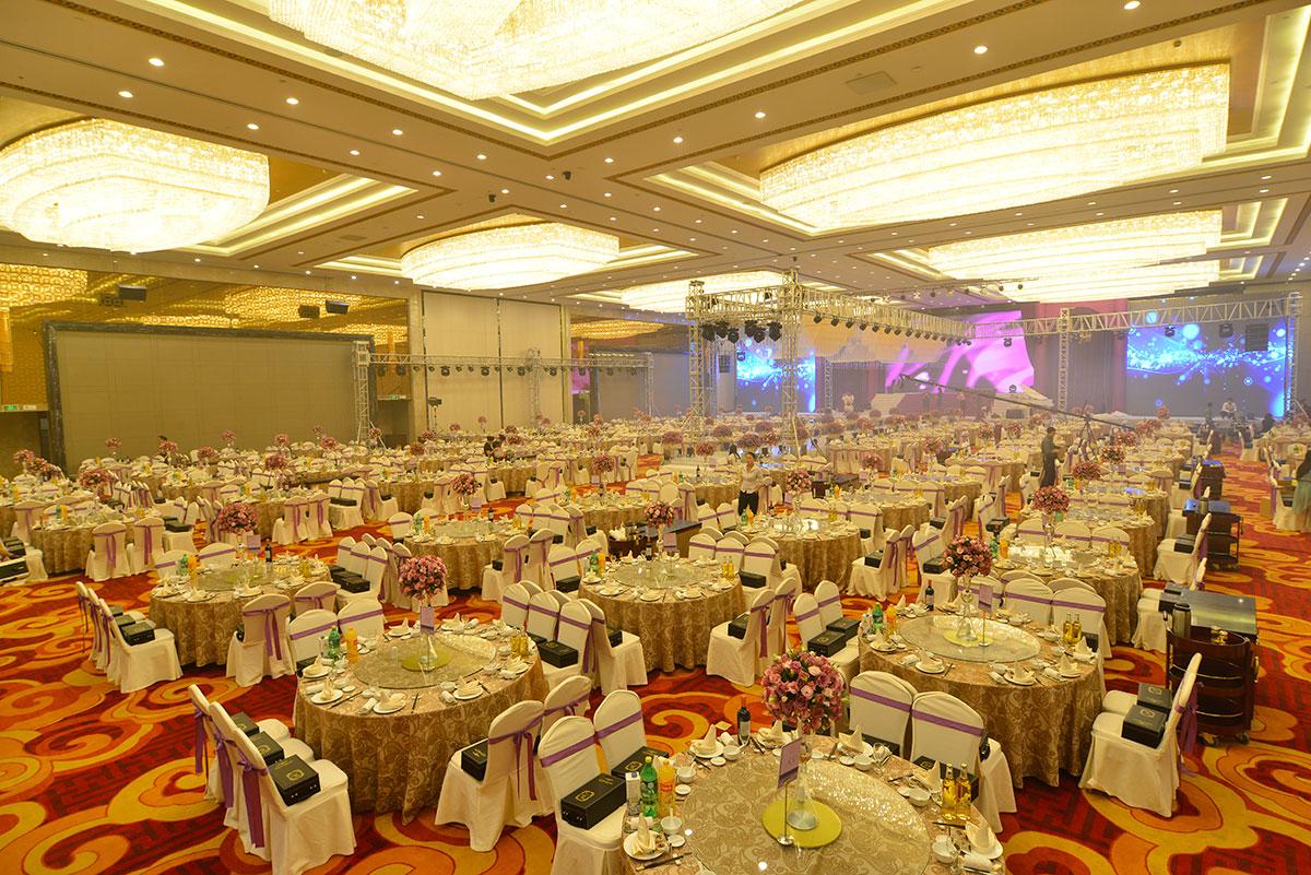 国贸大厦财富大厅1200人婚宴布草
