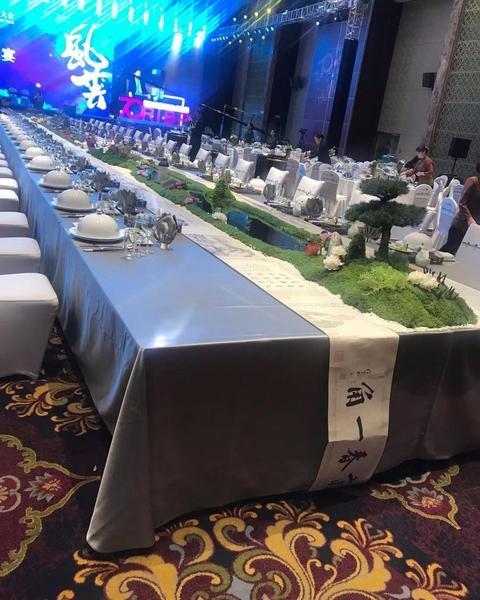 双面缎铅灰长方桌布长条桌布晚宴主桌桌布晚宴主桌布置-