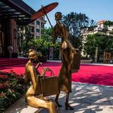 商业街雕塑-2