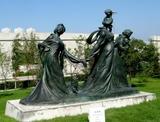 景觀雕塑的特殊意境和鑄銅雕塑的保養