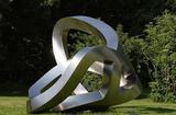 不銹鋼雕塑的制作方法和規格有幾種?