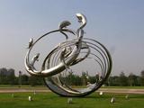 不銹鋼雕塑的制作過程和焊接注意事項