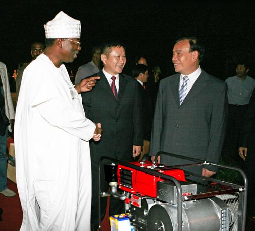四方产品被省政府选为礼品赠送非洲客人.jpg