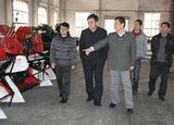 2012年中国农业机械流通协会副会长陈涛来公司指导工作