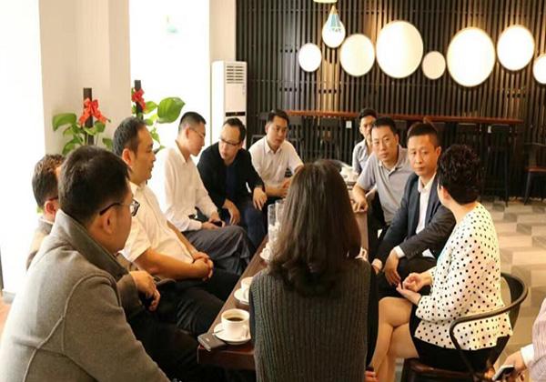 云港咖啡開業,為創客提供低成本辦公交流平臺