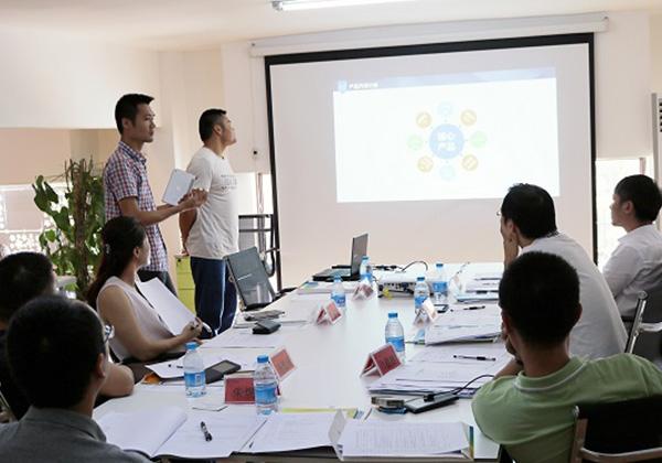 三亞市青年創業孵化基地(云港)入孵評審會在三亞云港園區舉行