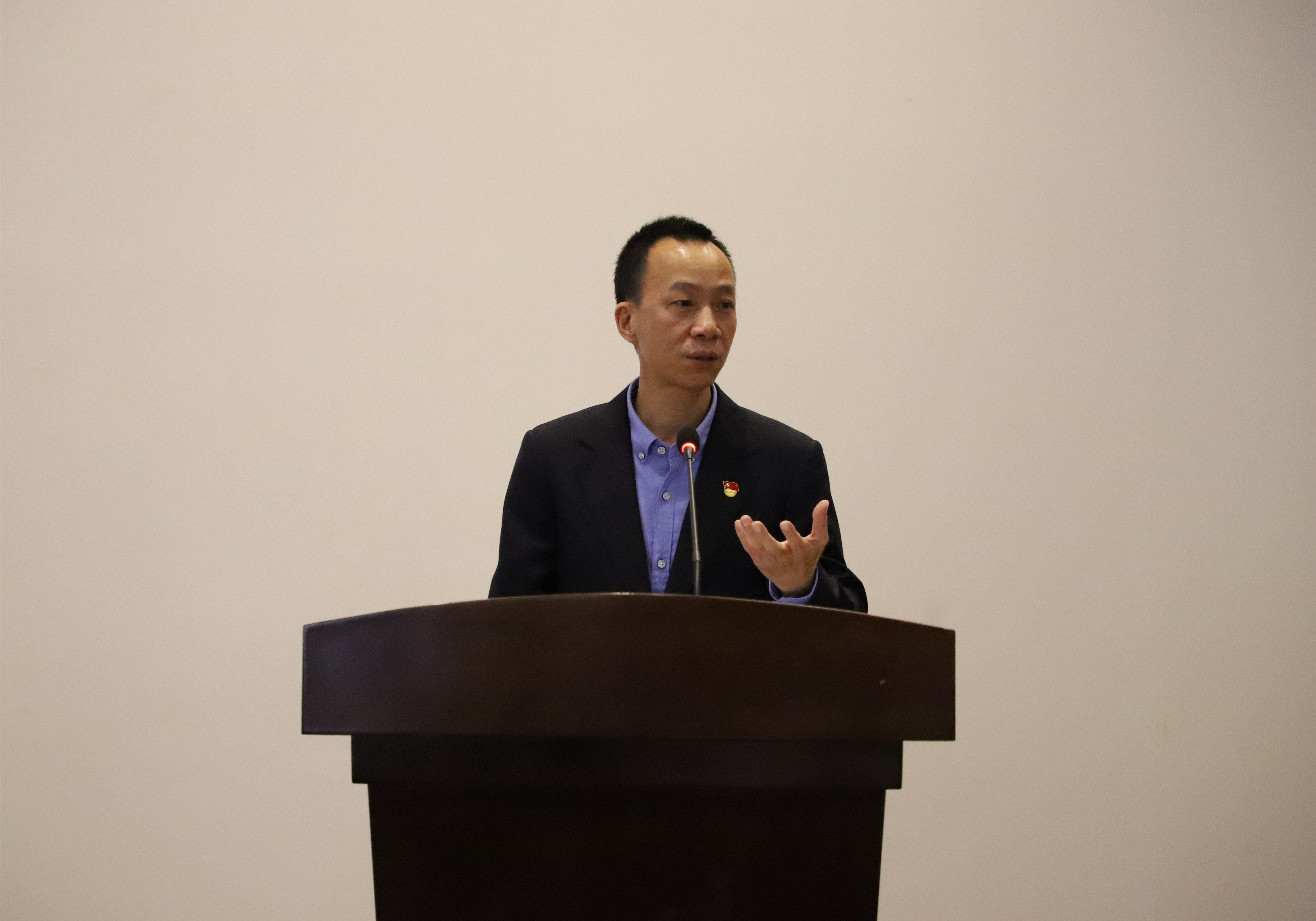 3.三亞信投與三亞建行成功簽訂智慧市場戰略合作協議.jpg
