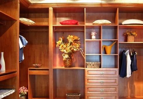 实木衣柜定做价格与风格有什么关系
