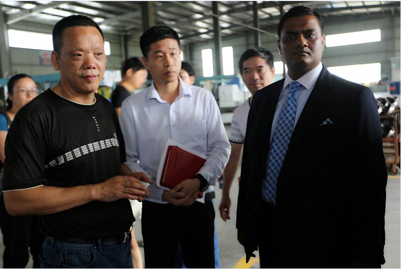 印度驻上海总领事古光明来我公司考察访问
