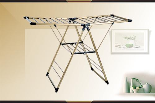 典型多功能折叠衣架-典型多功能折叠衣架