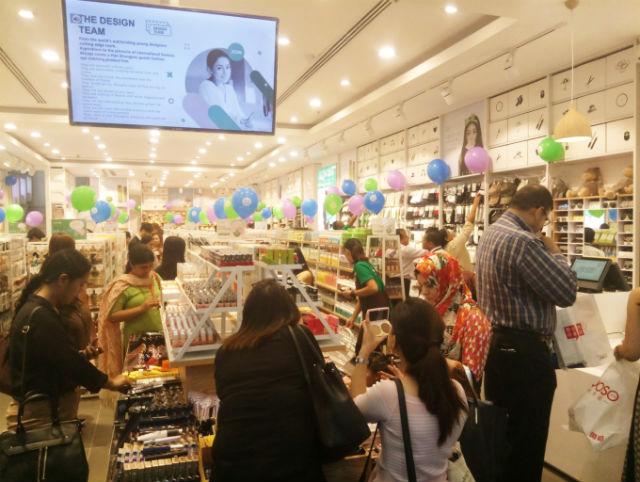 揭秘精品店加盟品牌韩尚优品:凭什么吸引各个年龄段顾客