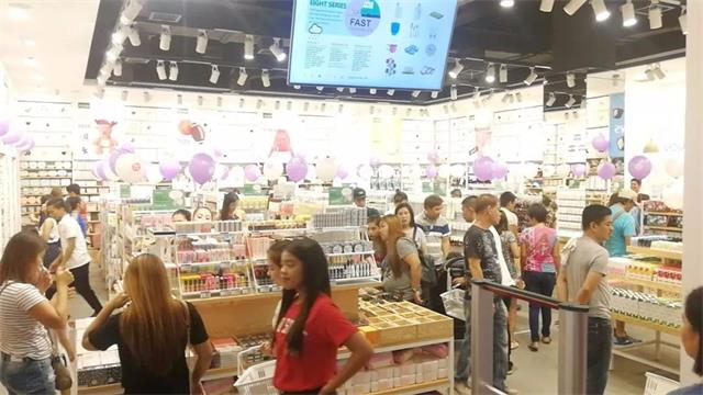 YOYOSO韩尚优品成功进驻菲律宾Quezon店3