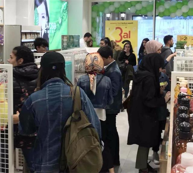 YOYOSO韩尚优品土耳其伊斯坦布尔 KUCUKKOYS店隆重开业2