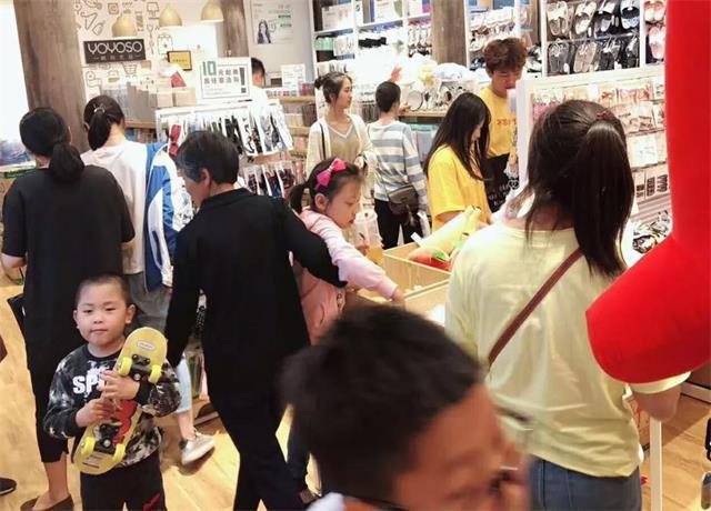 【YOYOSO韩尚优品】安徽颍上老街店活动当日业绩上涨105%