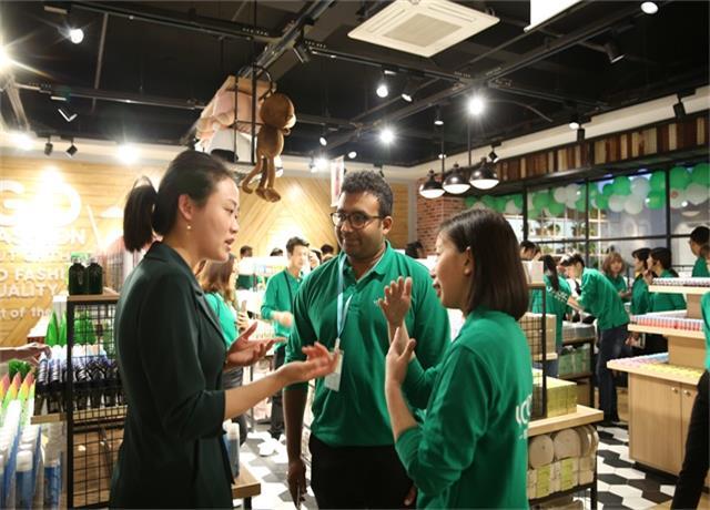 yoyoso韩尚优品加盟商培训会外商咨询中