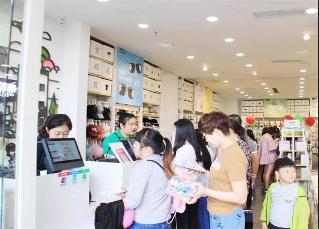 YOYOSO韩尚优品--成都龙泉驿店店庆业绩爆增