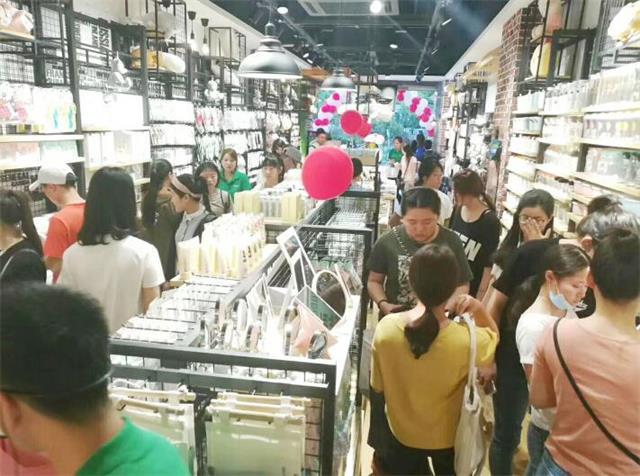 从义乌到马来西亚,韩尚优品将中国连锁品牌推向全球