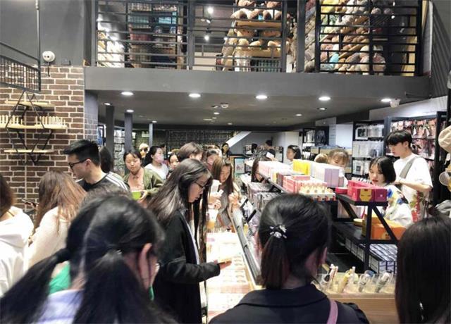 韩尚优品火爆的加盟店