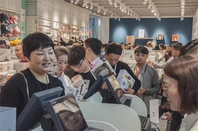 YOYOSO韩尚优品美学生活馆高频吸粉4
