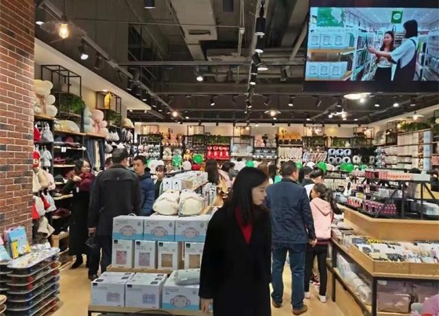 韩尚优品的低廉售价和高昂租金