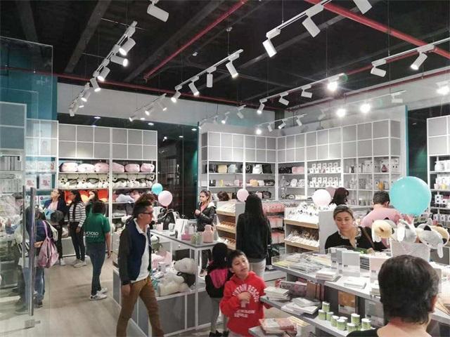 YOYOSO Ecuador Cuenca Store Grand Opening (8).jpg