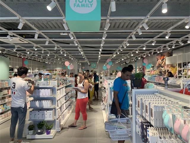 YOYOSO France Reunion Island Store (3).jpg