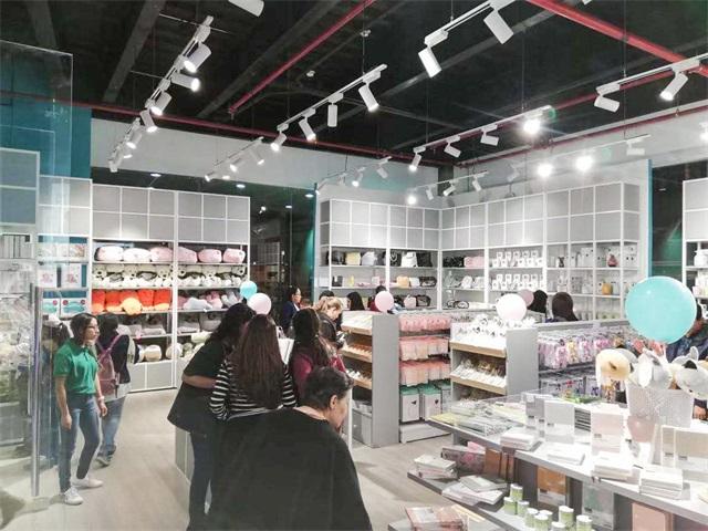 韓尚商學院:未來的十元快時尚百貨店,發展到底有多快?