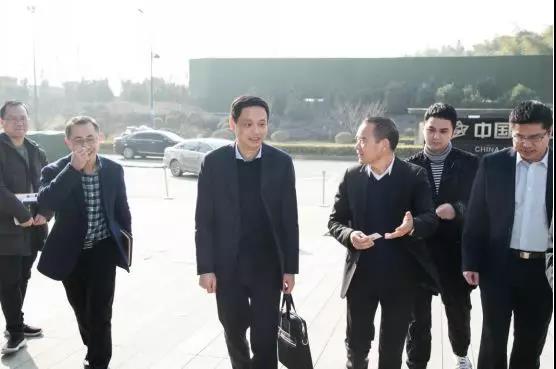 杭州市委組織部副部長陳鍵一行蒞臨杭州晨龍智能科技有限公司調研考察!