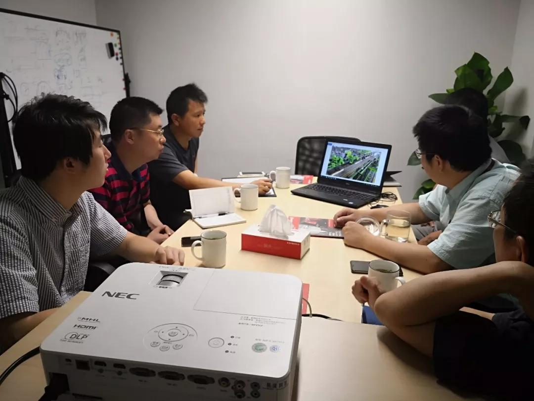 杭州市经信局技术创新处赴晨龙智能公司调研人工智能工作开展情况