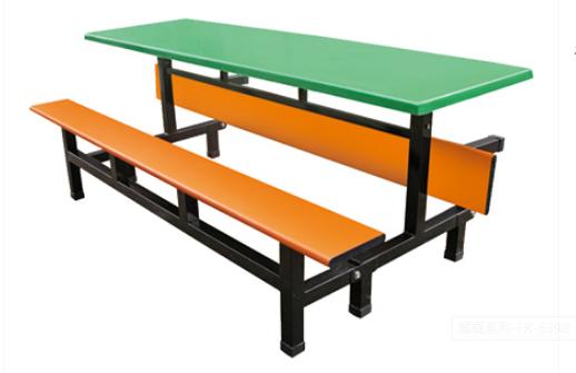 餐桌03.png